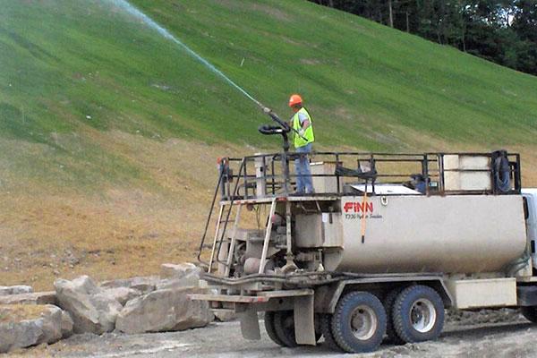 SOCO® 保水剂常用于边坡复绿,生态建设。