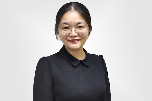 Sales Manager Tian
